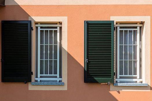 Grate di sicurezza e inferriate per porte e finestre store torino finestre - Grate x finestre ...