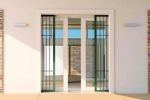 Grate di sicurezza e inferriate per porte e finestre for Finestre velux fisse